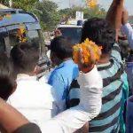 খাকুড়দাতে মাঝ রাস্তায় শুভেন্দুকে সংবর্ধনা জানালেন অনুগামীরা