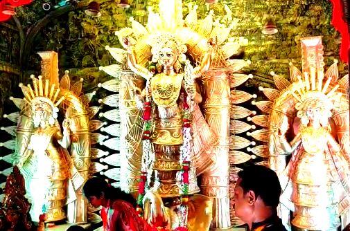 ৩৫তম বর্ষের জগদ্ধাত্রী পুজোর মণ্ডপ উদ্বোধন করলেন রাজ্যের পরিবহনমন্ত্রী